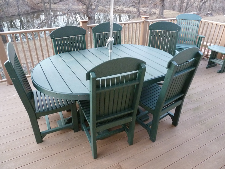 Amish Recycled Plastic Outdoor Furniture peenmediacom : DimmittPoly Vinyl Dining Set 43 from www.peenmedia.com size 768 x 576 jpeg 365kB