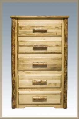 Glacier Country 5 Drawer Dresser